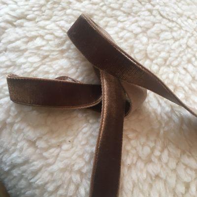 Samtband braun elastisch 16 mm breit