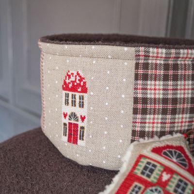 Materialset Utensilo mit gesticktem Haus