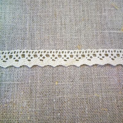 Klöppelspitze Emma creme 10 mm breit