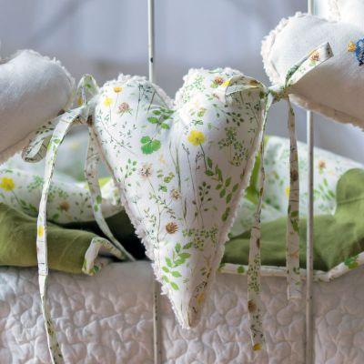 Baumwollstoff Elfenwiese  145 cm breit