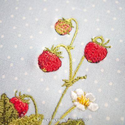 Stickdatei Erdbeere